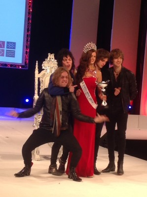 struts band miss england 2014